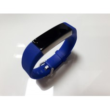 Фитнес-трекер Fitbit Ace Activity Tracker для детей 8+ Electric Blue/Stainless Steel